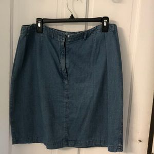Charter Club blue denim skirt w/front zipper.
